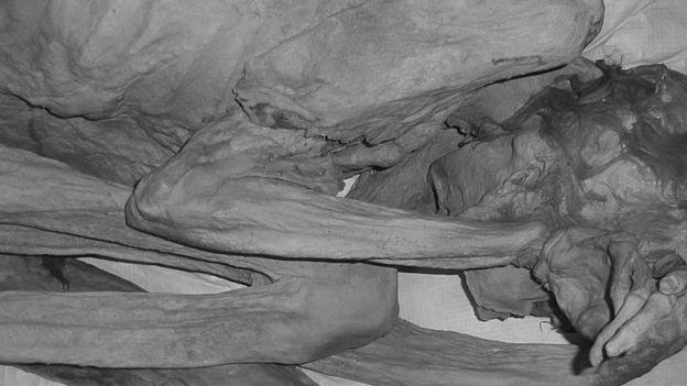 قدیمی ترین خال کوبی در مومیایی های 5000 ساله مصری یافت شده است